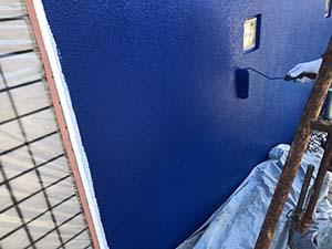 前橋市緑ヶ丘町 コンクリート壁上塗り