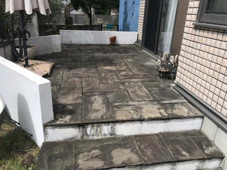 コンクリート床洗浄前