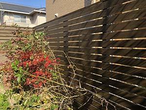 前橋市緑ヶ丘町  木製フェンス塗装