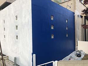 前橋市緑ヶ丘町 コンクリート壁中塗り