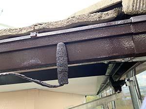 前橋市亀里町屋根塗装 雨樋上塗り