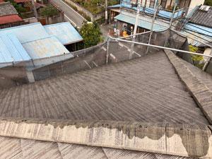 前橋市亀里町屋根塗装 下塗り1回目
