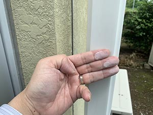前橋市亀里町外壁塗装 チョーキング