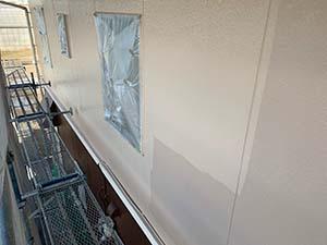 前橋市亀里町外壁塗装 2階上塗り