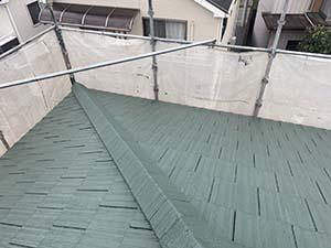 伊勢崎市富塚町 屋根塗装上塗り1回目