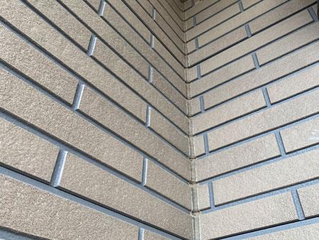 前橋市富士見町 外壁 二色塗分け塗装前 アップ
