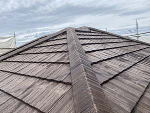 伊勢崎市富塚町 屋根塗装下塗り2回目