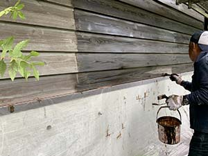 別荘 ニューボンデン 外壁下塗り