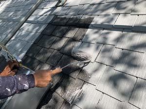 別荘コロニアル屋根塗装 下塗り