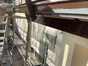 前橋塗装 破風、雨樋下塗り